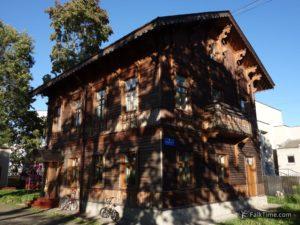 Wooden house in Petergof